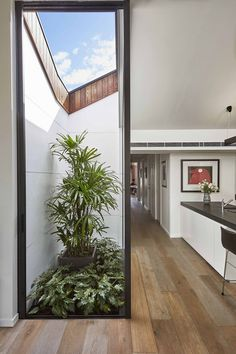 Just Redo It: A Home Near Melbourne Takes Another Stab at a Dated '80s Addition