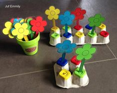 Montessori activities for toddlers and preschoolers Toddler Learning Activities, Montessori Activities, Spring Activities, Color Activities, Toddler Preschool, Preschool Activities, Kids Learning, Preschool Printables, Kids Crafts