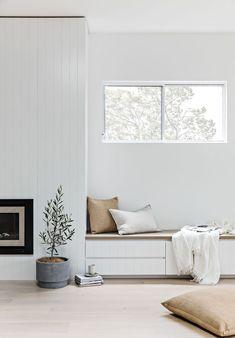 Home Living Room, Living Room Decor, Living Room Inspiration, Home Fashion, Home Interior Design, Minimalist Home Interior, Interior Livingroom, Minimalist Living, Minimalist Decor
