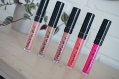Holdbare matte læber // Nu Colour POWERlips Fluid - Rikkes Makeup BlogRikkes Makeup Blog My Beauty, Health And Beauty, Nu Skin, Makeup Blog, Makeup Looks, Shots, Lipstick, Make Up, Range