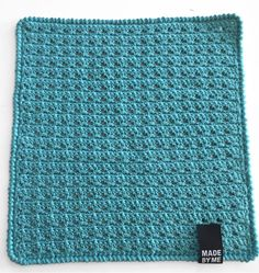 Like the border Crochet Potholders, Crochet Squares, Crochet Home, Knit Crochet, Handmade Crafts, Diy And Crafts, Drops Design, Blogg, Yarn Crafts