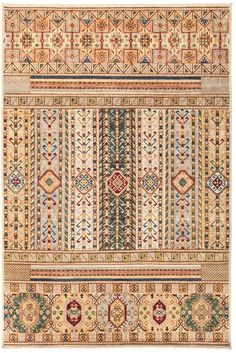 The rich tradition of Uzbek textiles takes center stage, thanks to this collection by Solo Rugs. This hand-knotted rug--made from vegetable-dyed wool--features a modern motif inspired by traditional Suzani embroidery. Persian Carpet, Persian Rug, Southwestern Style, Rug Store, Modern Rugs, Cool Rugs, Rug Making, Wool Area Rugs, Tribal Rug