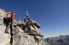 Wandern in hochalpiner Umgebung. Von leichten alpinen Touren, über Höhenwege bis hin zum Klettersteig - Oberstdorf lässt Bergsteigern keine Wünsche offen.