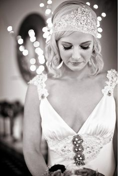 Johanna Johnson perfection! Love the headpiece