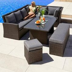Velká rodinná zahradní souprava Avenberg Corsica Rattan Garden Furniture, Garden Sofa, Outdoor Furniture Sets, Patio Decorating Ideas On A Budget, Patio Ideas, Decor Ideas, Outdoor Dining, Outdoor Decor, Outdoor Spaces