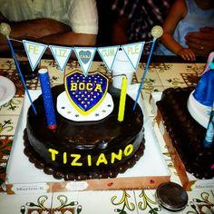 Torta bizcochuelo tuneada de Boca