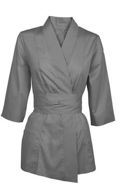 Three-quarter sleeve jacket Ref. Spa Treatment Room, Spa Treatments, Salon Uniform, Beauty Uniforms, Scrubs Outfit, Kimono Fashion, Quarter Sleeve, Just Do It, Casual Chic