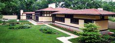 Frank Lloyd Wright - Avery Coonley Estate Coach House
