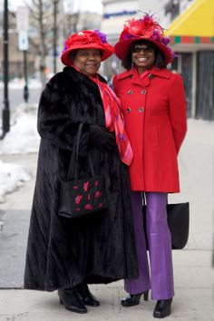 I simply LOVE EVERYTHING about these two elegant and joyous ladies!