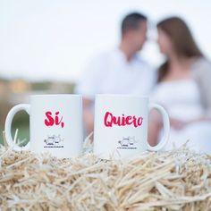 """Personalizamos tus tazas """"Sí Quiero"""" y pueden ser un regalo muy especial para recién casados aniversarios de boda o los siguientes en casarse  Pídelas en www.virusdlafelicidad.com  Foto: Sonia @basilicostudio  #siquiero #virusdlafelicidad #boda #bodavirus"""