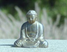 Thich Nhat Hanh is passing away in Plum Village | Zen Flash