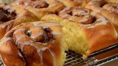 joy of baking cinnamon rolls - YouTube
