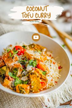 A creamy and flavourful Coconut Tofu Curry cooked with spring onions, mangetouts, coconut milk and soy sauce. Makes a quick and easy dinner option. #tofurecipes #tofurecipesforbeginners #vegandinner #plantbasedrecipes #raisukaree #coconutrecipes #vegan asianrecipes #tofurecipeseasy #tofurecipesvideos #tofu #tofurecipesvegan Coconut Recipes, Tofu Recipes, Delicious Vegan Recipes, Whole Food Recipes, Healthy Recipes, Plant Based Whole Foods, Plant Based Recipes, Tofu Curry, Food Articles