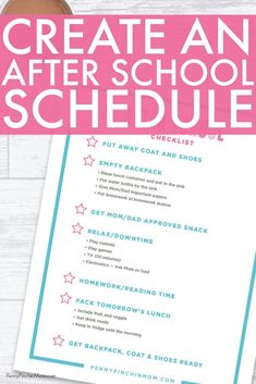 Simple to Use After School Checklist For Kids -- Perfect Printable for Back to School!  Print this checklist for your kids to use when they get home from school every day.  It reminds them what they need to do every single day!    Free printable | kids printable | printable schedule | organized schedule | Kids organization