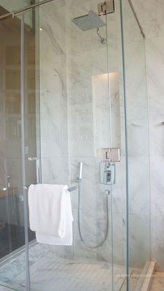 standing rain shower cubicle