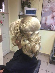 Wedding Hair Up, Long Hair Wedding Styles, Elegant Wedding Hair, Short Hair Styles, Bride Hairstyles, Messy Hairstyles, Pretty Hairstyles, Bridal Hair And Makeup, Hair Makeup