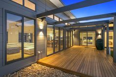 Thirteenth Beach residence, design & build by Pivot Homes. A stylish contemporary home which uses three main cladding types to give it that wow factor. James Hardie Scyon Matrix, natural timber cladding as well as rendered foam.