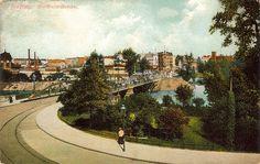 Most Uniwersytecki około roku 1910. Po lewej stronie widoczny fragment łaźni.Rok 1910