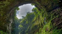 En 1991, un homme appelé Ho Khanh a découvert une grotte inexplorée dans le parc…