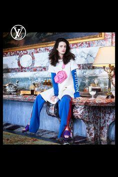 Louis Vuitton Pre-Fall 2021 Photos