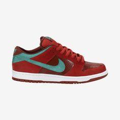 Nike Dunk Low Pro SB Men s Shoe Nike Shoes Usa 04d584997