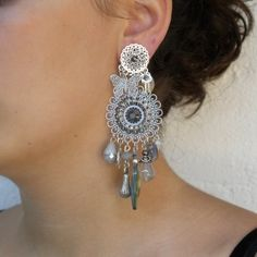 Bead Earrings, Crochet Earrings, Simple Pakistani Dresses, Victorian Jewelry, Creations, Tutorials, Jewels, Beads, Chic