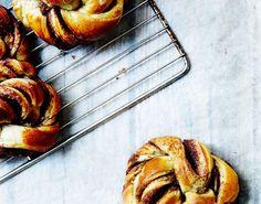 De 15 bedste billeder fra bagning kager med gær   Mad, Cupcake kager og Efterår