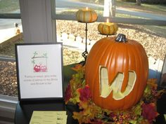 Fall decoration for engagement party