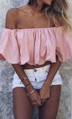 #summer #outfits / pink crop top
