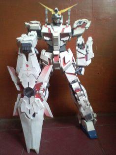 Unicorn Gundam Papaercraft