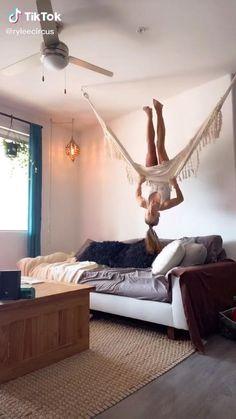 Cute Room Ideas, Cute Room Decor, Cool Ideas, Room Ideas Bedroom, Bedroom Decor, Bedroom Ideas For Small Rooms For Teens, Cool Dorm Rooms, Aesthetic Room Decor, Dream Rooms