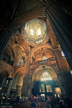 Interior de la catedral de oviedo for Interior de la catedral de barcelona