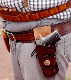 Wild Bunch For Dummies, Chapter 4 1911 Holster, Holsters, Leather Holster, Leather Projects, Rifles, Guns, Accessories, Fashion, Military Guns