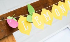Christy from Itsy Belle is sharing her darling lemonade stand printables so you can make your kids' summer sales a whole lot sweeter.