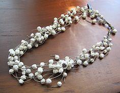 BEGONA RENTERO: Necklace Kenai, white
