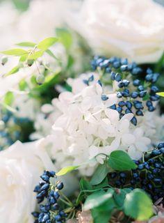 Photo by Romina Schischke. Charming garden wedding in Italy with stunning florals by Dario Benvenuti. White Garden Rose Bouquet.
