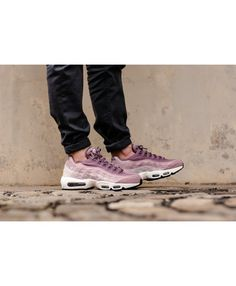 88feae0ccd1 the nike air max 95 prm wmns purple smoke summit white is a nice gift. it s  her size and the color she likes.