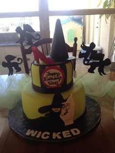 Mom's WICKED cake!!! Love Wicked the musical!!!