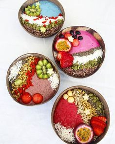 Nourishing Smoothie Bowls made with our Colorful Superfood powders ❤Add 1-2 tsps to your daily recipes and you have boosted your vitamins and mineral intake Shop our superfoods here: www.unicornsuperfoods.com