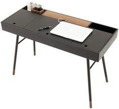 Cupertino desk - plenty of storage