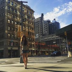 Instagram의 minsunah님: 로케근처 거리에서... #출장#뉴욕#nyc#manhattan#광고촬영#로케이션#여행스타그램