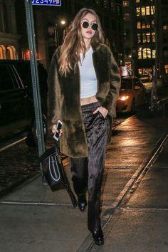 Gigi Hadid #streetstyle #2017