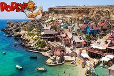 Πρόκειται για ένα γραφικό ψαροχώρι στη Μάλτα, που δημιουργήθηκε το 1979, για τις ανάγκες της ταινίας «Ποπάυ», με πρωταγωνιστή τον Ρόμπιν Γουίλ%