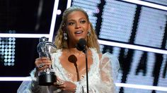 Everyone watching the VMAs tweeted about Beyoncé Image: getty/jeff kravitz  By Jessye McGarry2016-08-29 14:14:19 UTC  Half the fun of an awards show is just getting to tweet about it.  Sunday nights MTV VMAs had a lot of people tweeting whether to show their confusion about Kanyes crazy video or their undying love for Beyoncé.  These were the top moments on Twitter during the event.  1. Beyoncé finishes performing Lemonade.  2. Kanye West debuts Fade after his speech.  3. Rihanna accepts the…