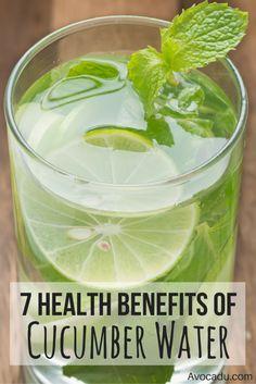 Glass of cucumber water with mint and a lemon.. #Detox #weightloss #detoxwaters #detoxdrinks #water #healthydrinks #healthydetoxdrinks Cucumber Health Benefits, Matcha Benefits, Lemon Benefits, Coconut Health Benefits, Cucumber Lemon Water Benefits, Mint Water Benefits, Benefits Of Drinking Water, Smoothies, Cucumber Detox Water
