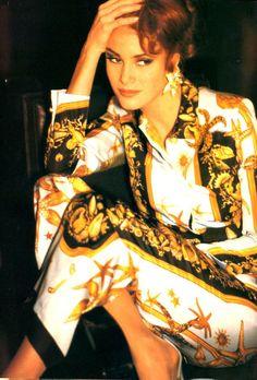 Gianni Versace Vintage Fashion & More Luxury Details