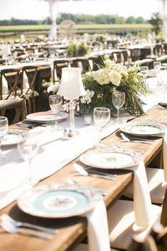elegant tablescape - photo by Courtney Dox Photography http://ruffledblog.com/romantic-southern-wedding-in-south-carolina