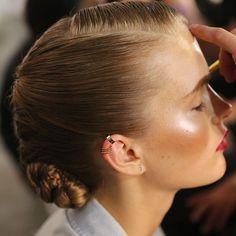 Hair, makeup, and ear cuffs at Jason Wu Beauty Makeup, Hair Makeup, Hair Beauty, Dewy Makeup, Flawless Makeup, Modern Updo, Slick Hairstyles, Hair Wax, Hair Styler