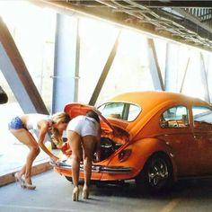 Trucks And Girls, Car Girls, Car Poses, Bus Girl, Vw Vintage, Automobile, Top Luxury Cars, Vw Cars, Vw Beetles