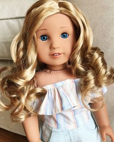 And here is Sophia! My second first CYO doll from American Girl ahhh she's stunning She is a medium Jess mold with light blue eyes and a blonde medium curly wig. This combination is so pretty. YouTube video on her will also be up next week I got 2 CYOs because I had a coupon that was about to expire and I have been saving for them. I hope you guys love them as much as I do. ☺️ I can't wait to take actual photos of them this weekend